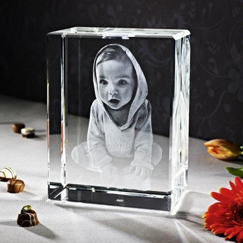 3d Glazen Kubus.3d Laser Foto In Piko Viamant
